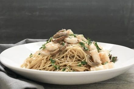 White Wine Lemon Garlic Shrimp Pasta