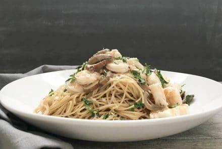 White Wine Lemon Garlic Shrimp Pasta