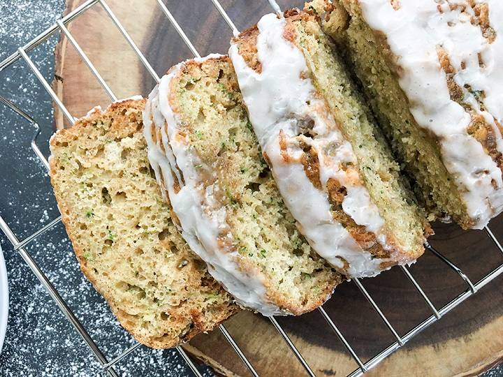 Greek-Yogurt-Zucchini-Bread-7-720
