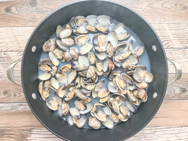 clams that have opened while steaming in sauce pan with a little water