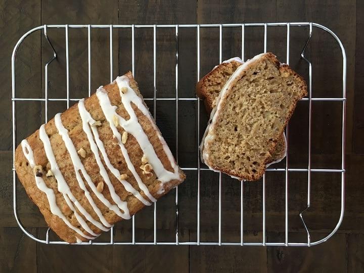 sliced banana bread on cooling rack