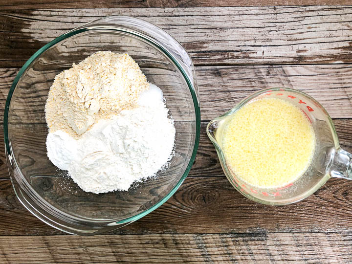 wet and dry ingredients for buttermilk cornbread