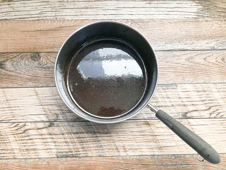 maple sauce in pot
